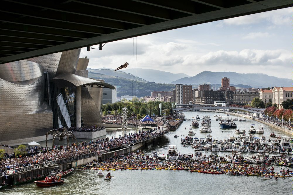 8Red Bull Cliff Diving World Series 2015 Bilbao Orlando Duque