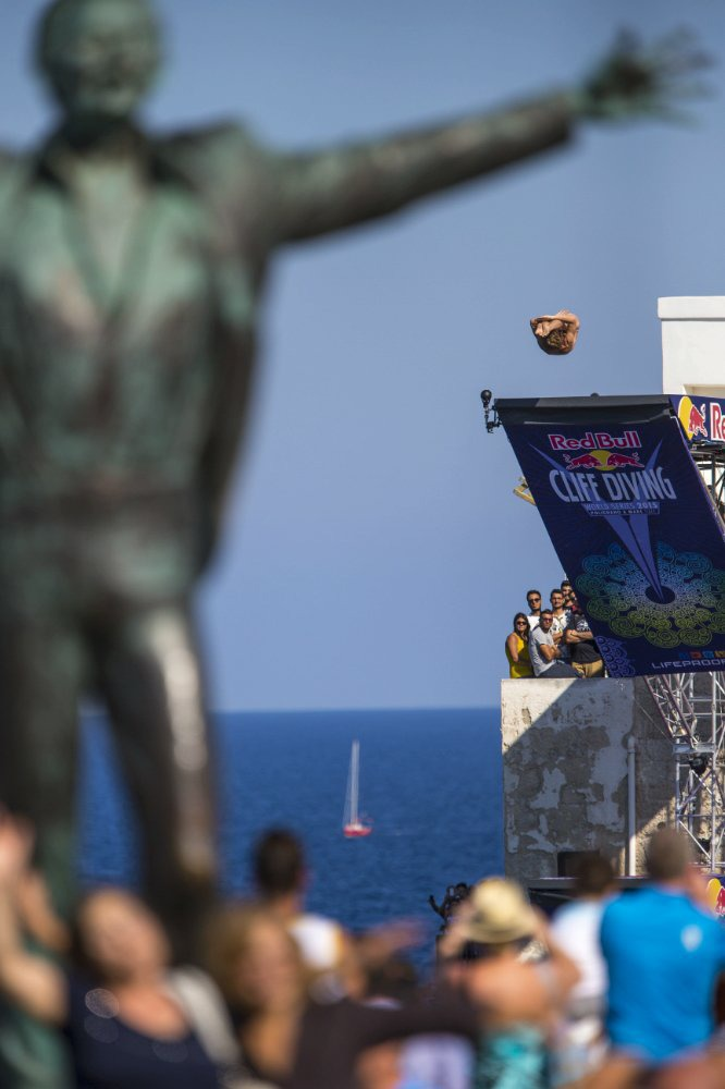 17Red Bull Cliff Diving World Series 2015 Polignano a Mare Gary Hunt