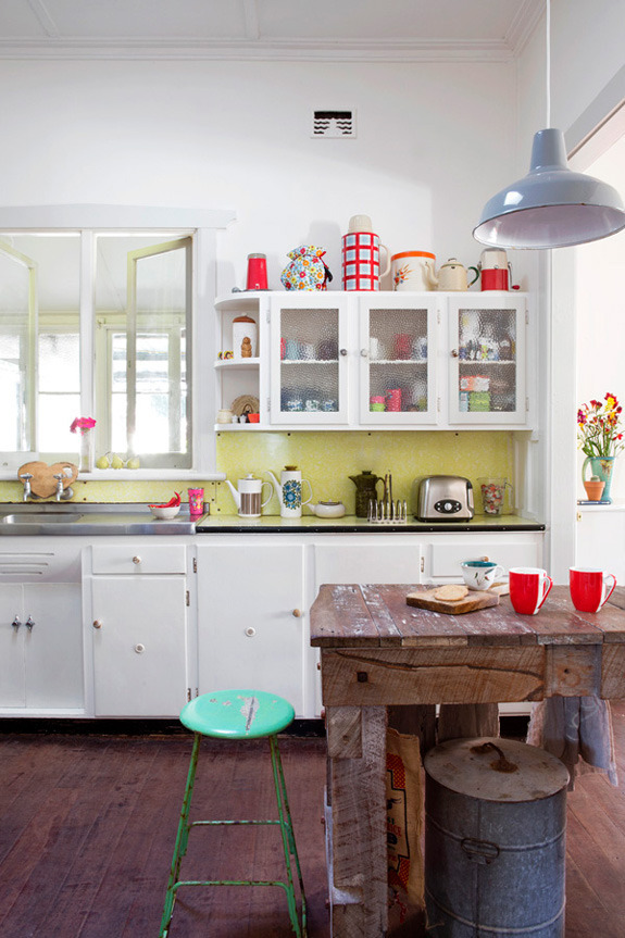 021715thedesignfilesMadameB kitchen2