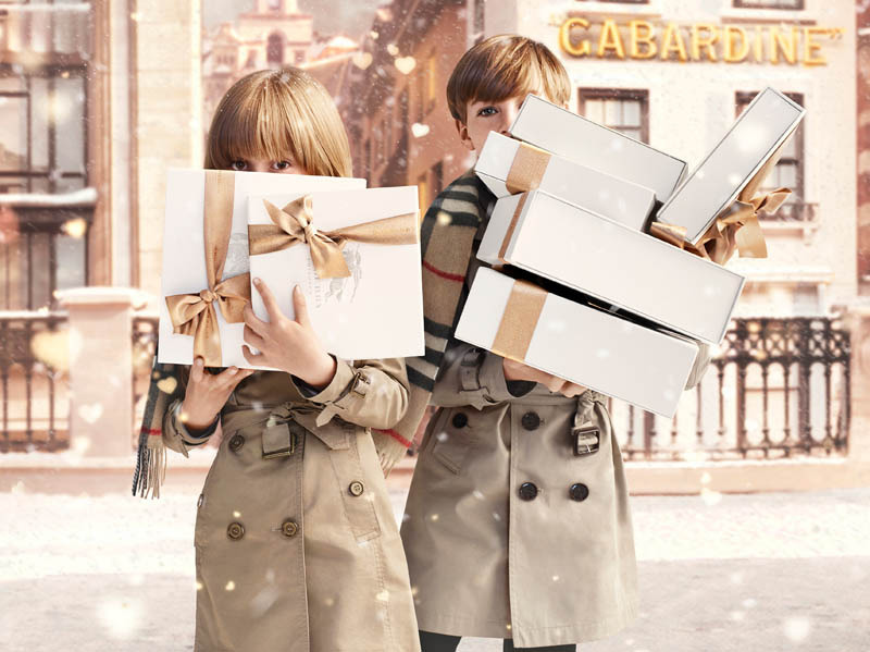 800x599xburberry-with-love1.jpg.pagespeed.ic.yq5lnyToyR