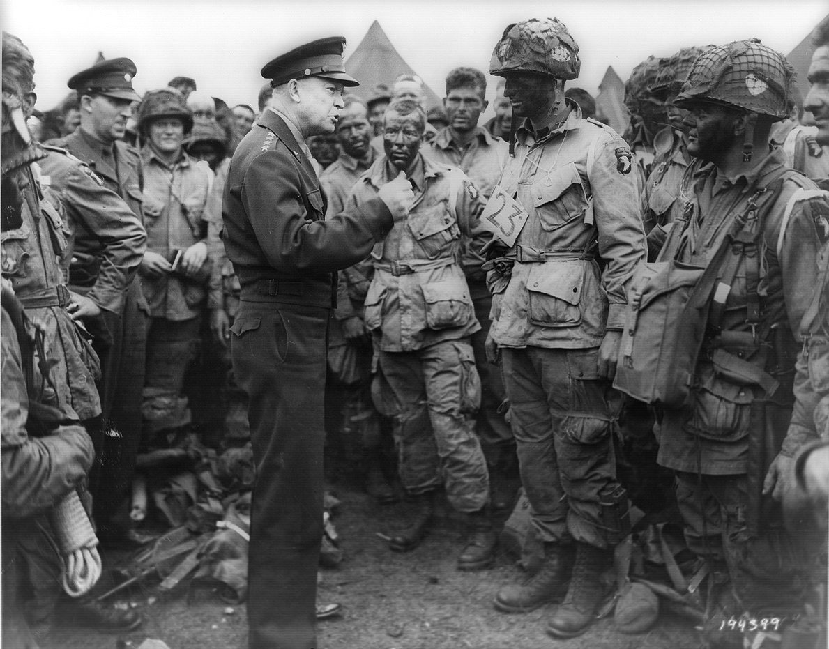 http://webstage.bg/attachments/ckeditor/pictures-data/0005/5637/ORIGINAL-eisenhower-2.jpg